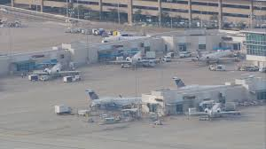 Iah Terminal Map United Airlines Passenger Exited Plane During Taxi At Iah Wfaa Com