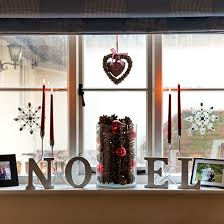 Christmas Window Decorations Uk by Country Christmas Decorating Ideas Decorating Ideal Home