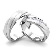 Matching Wedding Rings by Matching Wedding Bands Diamond Rolling Wedding Ring In Platinum