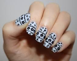 lace flower nails