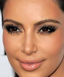 here you can see how much make up kim wears on a red carpet