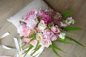 Girls Favourite Flowers - ask the experts two flower girls on perfect pastel bouquets