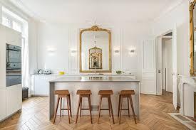 cuisine appartement parisien appartement parisien cuisine classique traditional kitchen