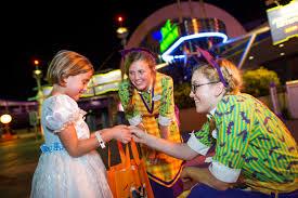 spirit halloween hours 2015 5 reasons you u0027d love to spend halloween at walt disney world