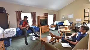 suny poly students staying at cresthill suites in albany ny in