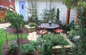 cozy small backyard landscaping ideas low maintenance garden small backyard ideas beautiful gardens minecraft perennial