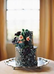wedding cake greenery 34 gorgeous moody wedding cakes happywedd