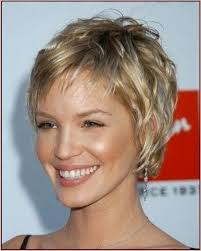 best hairstyles for thin frizzy hair photo gallery of short hairstyles for fine frizzy hair viewing 8