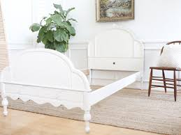huntley furniture twin bed shabby chic french provincial vintage