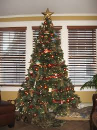 Best Way To Put Christmas Lights On Tree by Where To Put A Christmas Tree Home Design