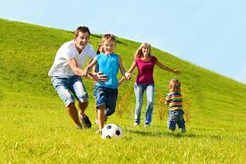 To Play With Family 10 Family Friendly Activities To Play With At The Park