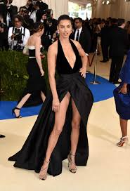up skirt lima has an moment at the 2017 met gala my