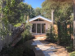 the cottage on beach road torquay australia booking com