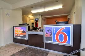 Motel 6 We Ll Leave The Light On For You Motel 6 La Whittier Ca Booking Com