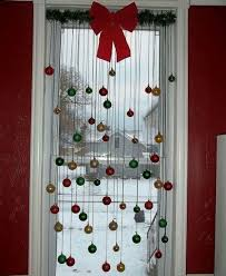 Easy Way To Hang Curtains Decorating Hanging Ornaments From A Window Yule Crafts Pinterest