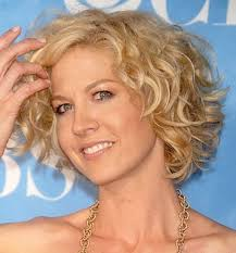 hairstyles for 50 year old woman with curly hair hairstyles