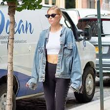 how to wear the oversize denim jackets trend whowhatwear