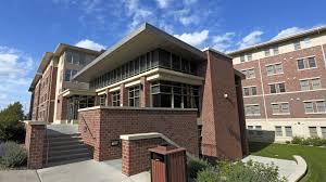 robert e knoll residential center university housing