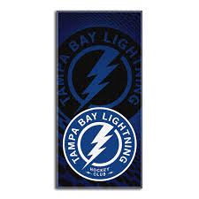 amazon com nhl tampa bay lightning emblem beach towel 28 x 58