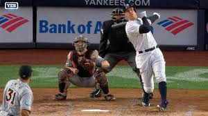 Aaron Judge Yankees Slugger Becomes Tallest Center Fielder - aaron judge fastest in history to 60 home runs new york yankees