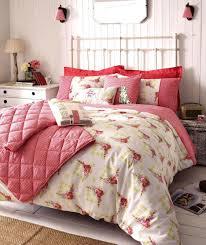Deco Chambre Shabby Bedroom Shabby Chic Bedroom Ideas Light Hardwood Floors And Gray