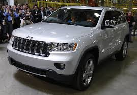 jeep laredo 2011 chrysler recalls 189 000 suvs due to fuel pump problem safety