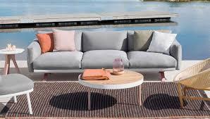 canape d exterieur design salon de jardin canapé fauteuil bas et banquette terrasse et