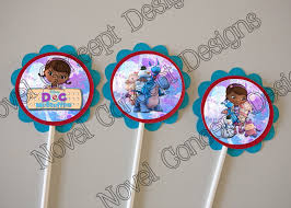 doc mcstuffins cupcake toppers novel concept designs free doc mcstuffins birthday cupcake