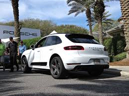 Porsche Macan Turbo - porsche macan turbo review like a fancy wrx for rich people