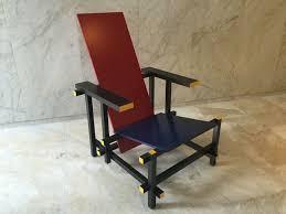 chaise rietveld gerrit rietveld par cassina chaise et bleue catawiki