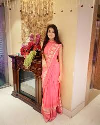 straight hair with outfits saree outfit her vagabond life