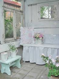 Shabby Chic Decorating by Best 20 Shabby Chic Patio Ideas On Pinterest Shabby Chic Porch