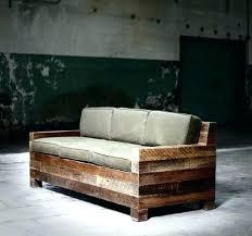 faire un canapé canape lit palette canape lit en palette diy 12 meubles incroyables