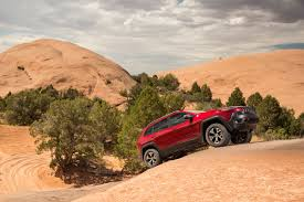 jeep cherokee chief off road the 2014 jeep cherokee moves away from xj platform and into future