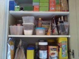 ranger placard cuisine je range mes placards à réserve de nourriture