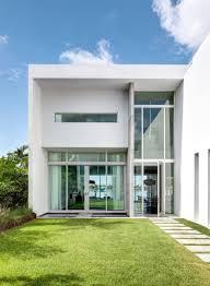 Modern Peribere Residence Framing Views Of The Downtown Miami - Modern miami furniture