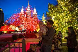 christmas descends on salt lake city as temple square gallivan