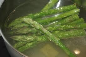 cuisine asperges vertes soupe verte aux asperges balade gourmande de cécile