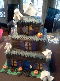 3 Tiered Halloween Cakes Www Sugar Sugarcakes Com Presents A Novelty 3 Tier Halloween Cake