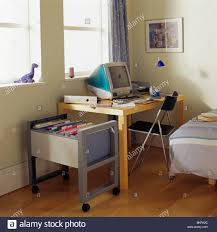 Small Bedroom Desk by Small Desks For Bedroom Desk Ideasmputer Spaces Kids Bedroomssmall