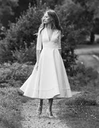 robe de mariee retro robe de mariée satin manches mi longue col en v séduisant pas cher