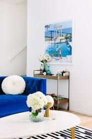Blue Tufted Sofa by Best 25 Royal Blue Sofa Ideas On Pinterest Blue Living Room