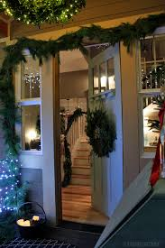 my christmas front porch u0026 diy boxwood wreath chandelier the