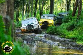 land rover bandung wisata offroad adventure high impact games outbound