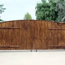 Outdoor Fence Decor Ideas Choices of Fence Gate Decorations for