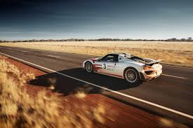 spyder car 918 spyder hits 350km h on northern territory highway
