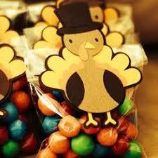 cutest thanksgiving gift treat bag to make thanksgiving