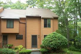 hampton nh 2 bedroom condos for sale two bedroom condominiums 8 dunvegan woods drive 8 hampton nh 03842