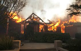Wildfire Woodland Hills Ca by Latinos Among Hardest Hit In California Wildfires Univision