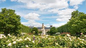 why spring is the best time to visit paris cnn travel